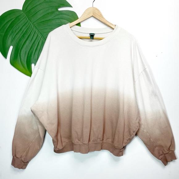 WILD FABLE• cream tan ombré sweatshirt